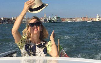 Naomi Watts ajattelee: Exän tukeminen on tärkeää