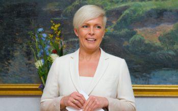 Viron entinen presidentin puoliso Evelin Ilves kirjoitti lastenkirjan
