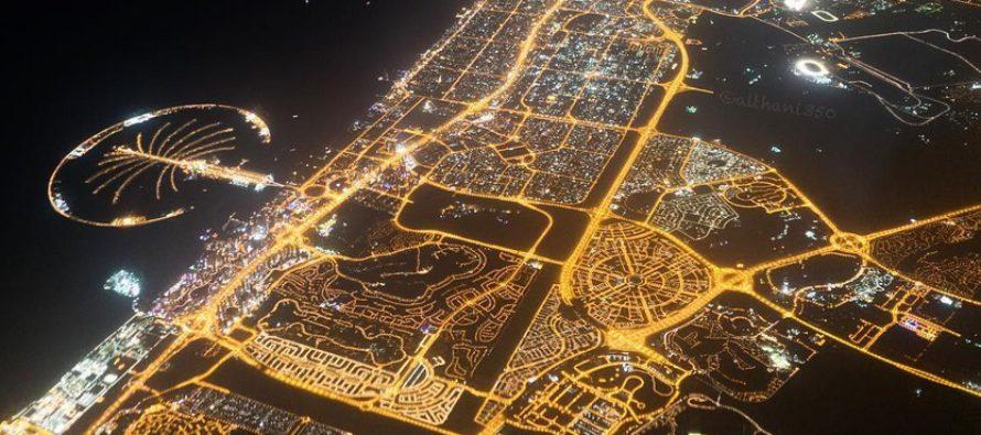 Dubai yöllä kymmenestä kilometristä kaunis näky +KUVA!