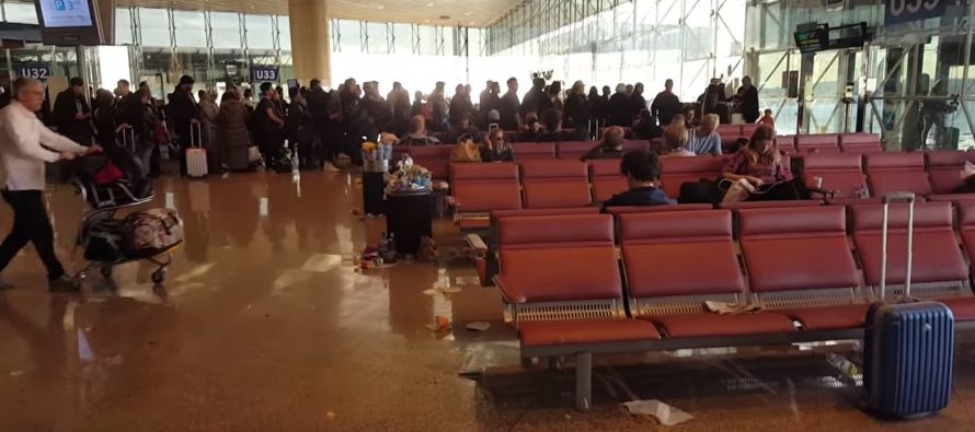 Espanja, Barcelona: Siivoojat menivät lakkoon – lentokenttä täyttyi hetkessä roskasta + Järkyttävä VIDEO!