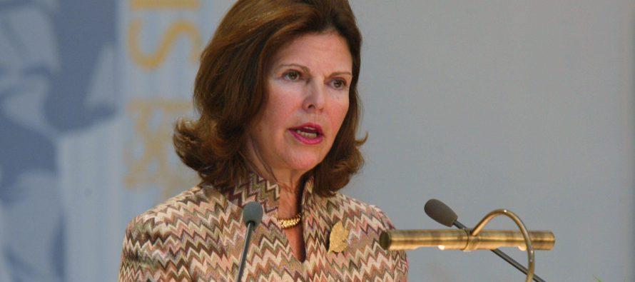 Kuningatar Silvia uskoo, että Ruotsin kuninkaanlinnassa kummittelee