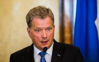 Presidentti Sauli Niinistö: Minskin sopimuksen toimeenpanoa kiirehdittävä