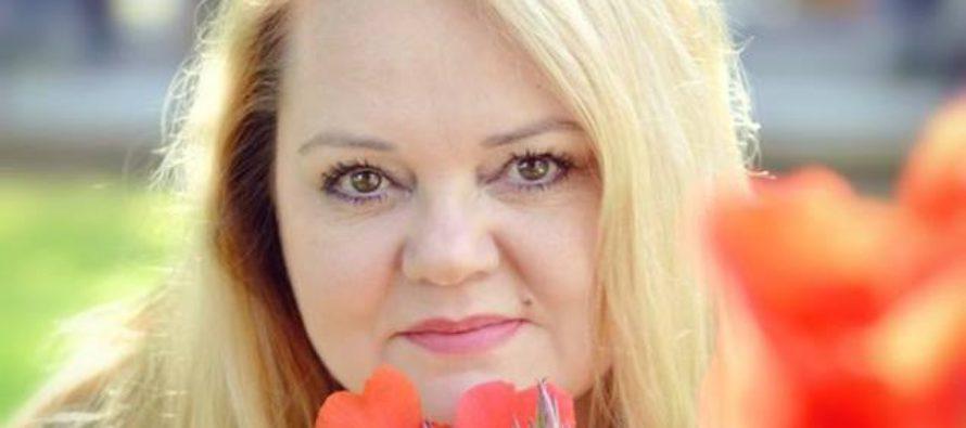 Tuija Järvinen: Tervehdys rakas lukijani! Hyvää Äitienpäivää!