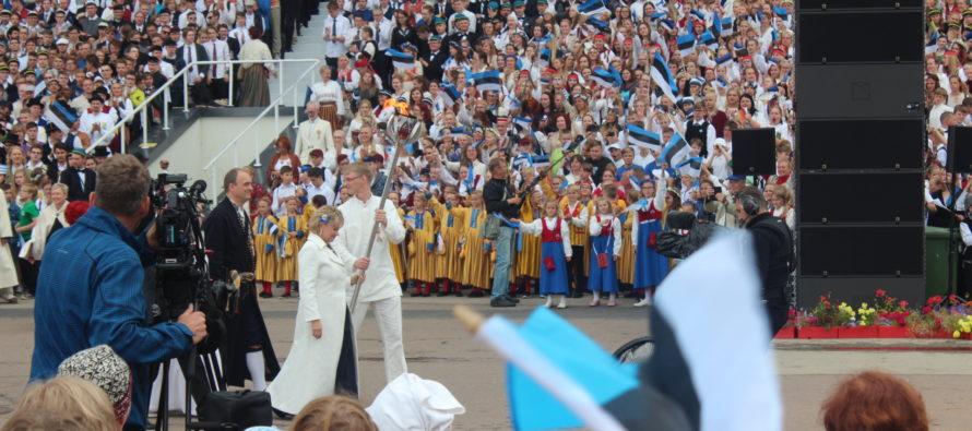 Vuoden kulttuuritapahtuma Virossa, Tallinnassa: XII nuorten laulu- ja tanssijuhlat 2017 + VALOKUVAT!