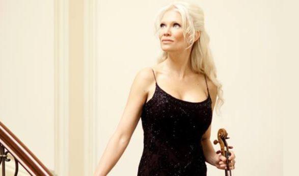EXCLUSIVE Haastattelu: Linda Lampenius avautuu viulistin urastaan, ulkonäköpaineista, Hugh Hefneristä ja nykyisestä elämästään