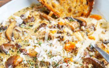 Mitä valmistaa ruoaksi? Resepti: Kermainen sienikeitto kanan ja riisin kera