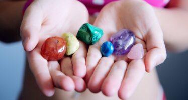 """""""Näkkälän noidan"""" opit: VÄRIEN merkitykset ja vaikutus + väreillä ennustaminen"""