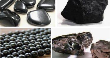TERVEHDYTTÄVÄ vesi-eliksiiri: Šungiitti on tervehdyttävä kristalli, jonka koostumuksessa olevat fullereenimolekyylit puhdistavat vettä