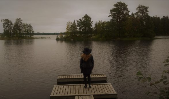 Tuija Järvinen: Syksyn kaamoksen keskellä